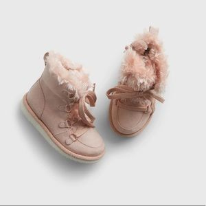 Gap Toddler Lace-up Boots Size 8, Blush Pink